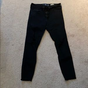 Hollister Black Ripped Cropped Jeans! Size 9!